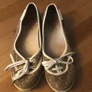   2 for 15$   Michael Kors shoes
